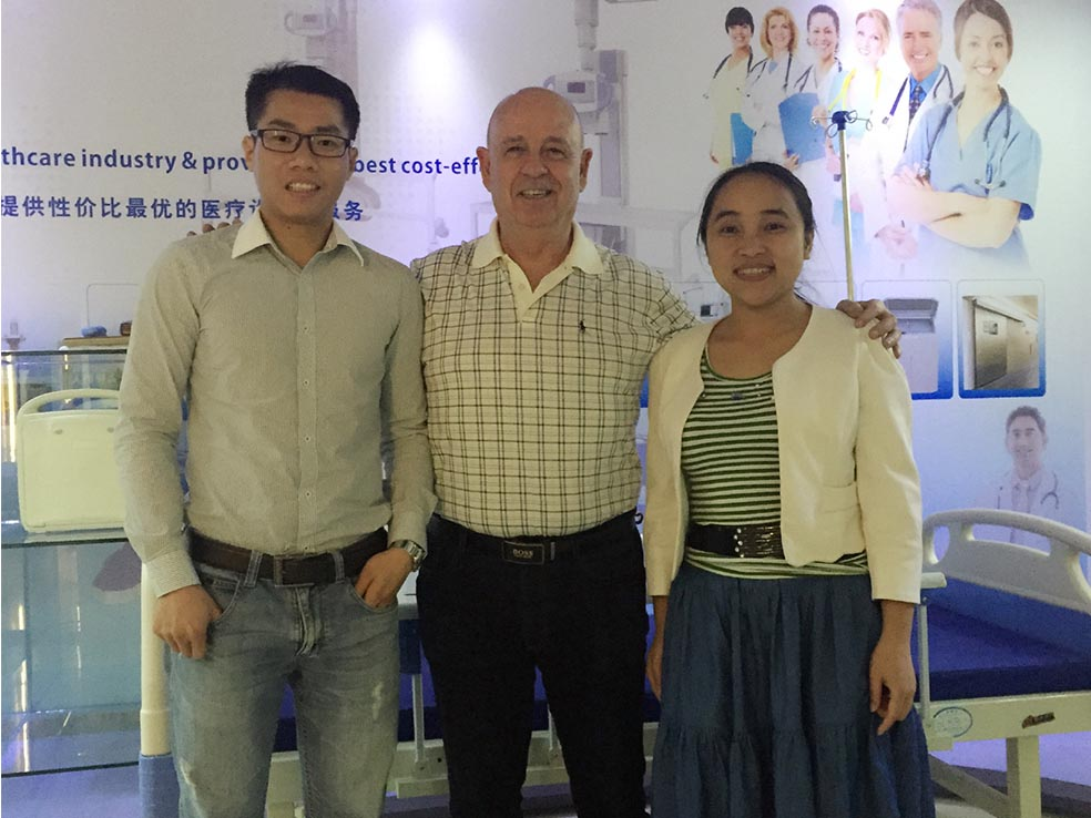 Yueshen Medical Equipment Customer Israel Come to Buy X-ray Product